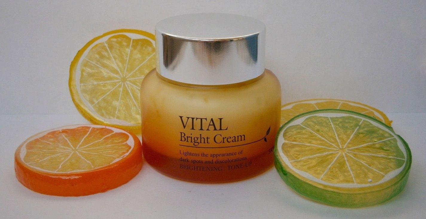 The Skin House Корея Витаминизированный осветляющий крем Vital Bright