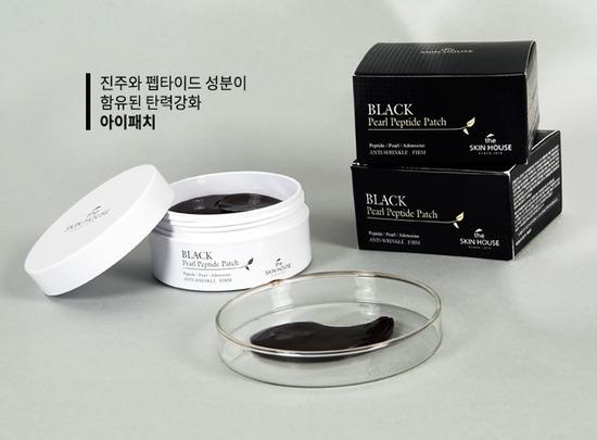 Гидрогелевые патчи для кожи вокруг глаз с черным жемчугом и пептидами Black Pearl Peptide Patch The Skin House (фото, вид 1)