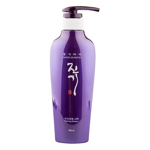 Восстанавливающий шампунь для поврежденных волос Vitalizing Daeng Gi Meo Ri (фото, вид 1)