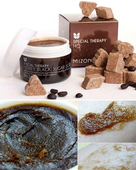 Скраб для лица с черным сахаром Honey Black Sugar Scrub Mizon (фото, вид 1)