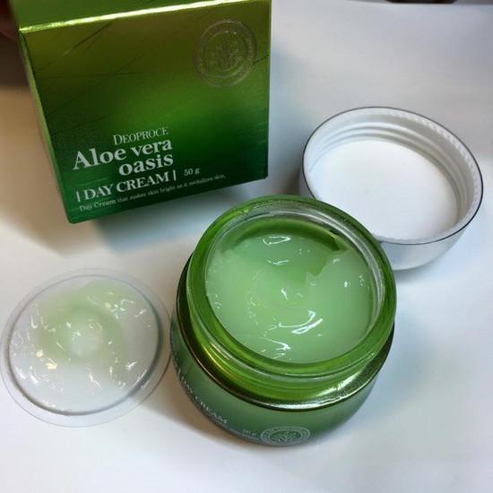Дневной крем для лица с алоэ вера Aloe Vera Oasis Day Cream Deoproce (фото, вид 1)