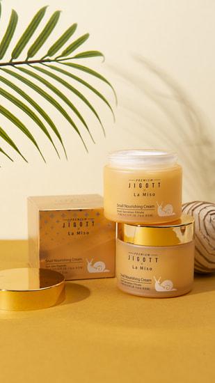 Питательный крем для лица с муцином улитки Premium Snail Nourishing Cream La Miso and Jigott (фото, вид 1)