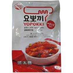 Рисовые палочки с соусом сладко-острые Токпокки Yopokki Sweet and Spicy rice cake. Вид 2