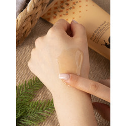 Крем для ног с муцином улитки Premium Jigott and La Miso. Вид 2