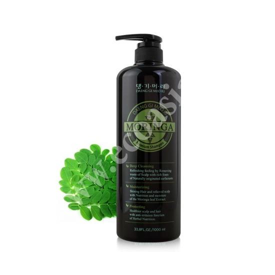 Премиум шампунь с экстрактом моринги Moringa Premium Daeng Gi Meo Ri