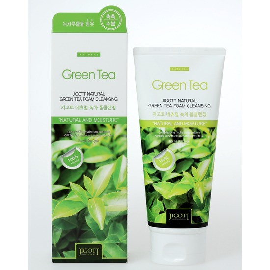 Очищающая пенка с экстрактом зеленого чая Jigott (фото)