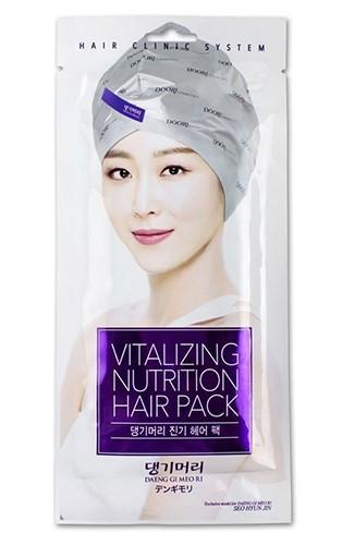 Восстанавливающая маска-шапка для волос Vitalizing Nutrition Hair Pack With Hair Cap Daeng Gi Meo Ri (фото)