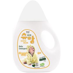Концентрированный ЭКО гель для стирки детского белья с ароматом ромашки Shoomom baby detergent Chamomile
